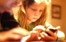 Duh, 65% Anak Punya Akses Smartphone