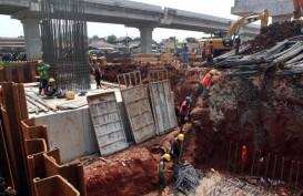 Pier Head Proyek Tol Becakayu Ambruk, Korban Dibawa ke RS UKI Cawang
