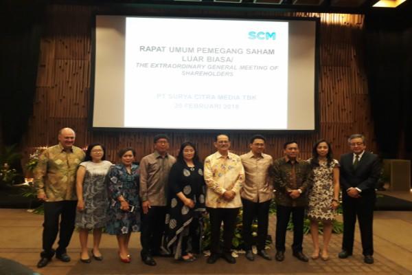 Direksi SCMA usai menggelar RUPS, Selasa (20/2) - Bisnis Indonesia/Dara Aziliya