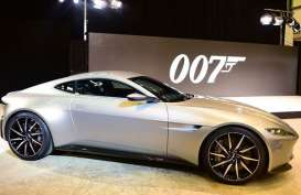 Daniel Craig Lelang Mobil Legendaris James Bond