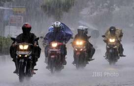CUACA INDONESIA 4 MARET: Hujan Deras di Semarang