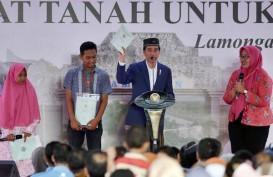 Presiden Serahkan 458 Sertifikat Wakaf di Jawa Timur