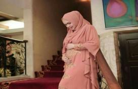 Siti Nurhaliza Melahirkan Bayi Perempuan