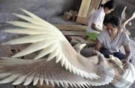 Perajin Patung Bali Kesulitan Peroleh Bahan Kayu Eboni