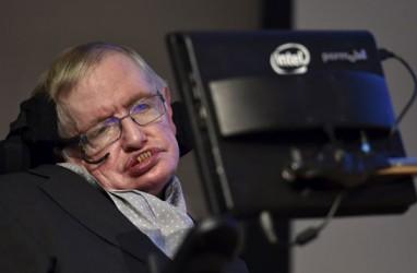 """Dua Pekan Sebelum Kematiannya, Stephen Hawking Prediksikan """"Kiamat""""?"""
