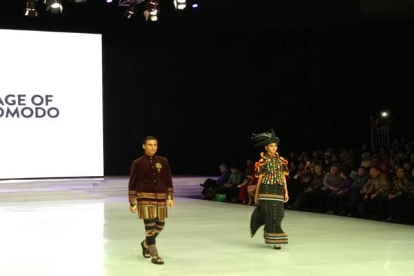 Pagelaran Indonesian Fashion Week 2018 - Asteria Desi