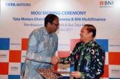 PABRIKAN INDIA : Tata Motors Tumbuh 20%