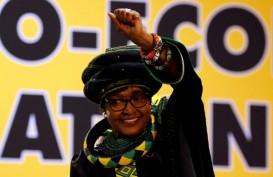 Mantan Istri Nelson Mandela Tutup Usia