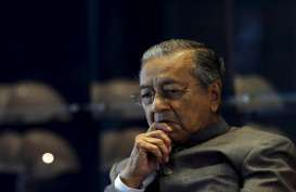 Pemerintahan Najib Coret Partai Oposisi Pimpinan Mahathir dari Pemilu Malaysia