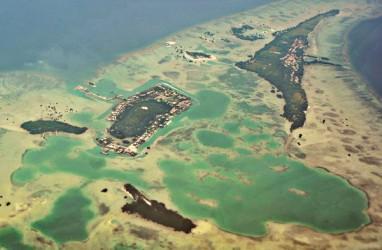 Tumpahan Minyak Cemari Pulau Pari