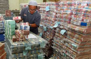 Pembatasan Transaksi Uang Kartal: DPR Menolak, KPK Ajak Dialog