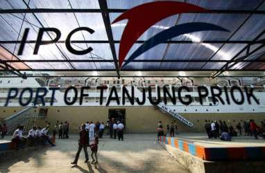 Di Depan Jokowi, Menteri Airlangga Perkenalkan Anak Pelindo II yang Bakal IPO