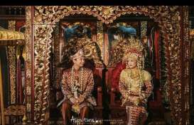 Jelang Pernikahan , Raditya Dika Gelar Pengajian