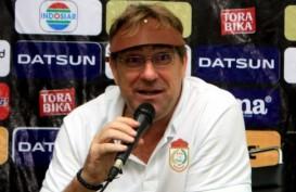 Pelatih PSM Sambut Derby Sulsel di Piala Indonesia