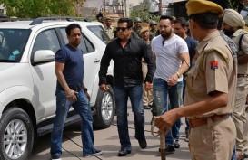 Sempat Bebas dengan Jaminan, Salman Khan Kembali ke Pengadilan