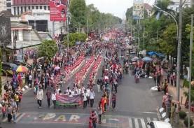 Ribuan Orang Padati Karnaval Dugderan Semarang