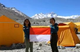 Merah Putih di Puncak Dunia, 2 Srikandi Indonesia Tuntaskan Ekspedisi 7 Summit di Everest
