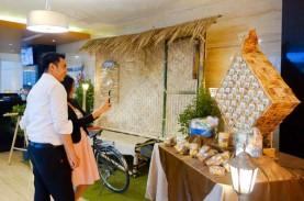 Replika Ketupat dari Roti Panggang di Aston Semarang
