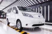 Nissan Mulai Pengiriman Global Van Listrik Generasi Terbaru e-NV200