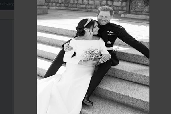 Foto resmi pernikahan Meghan Markle dan Pangeran Harry - Twitter@kensingtonplace