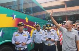 Tinjau Arus Mudik di Kampung Rambutan, Sandi Bicara Soal TOD Terbesar
