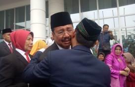 Isak Tangis dan Kemesraan Iringi Pelepasan Gubernur dan Wakil Gubernur Sumut