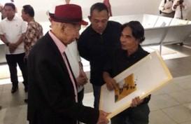 """""""57 x 76"""", Kolaborasi Unik Perupa Hanafi & Sastrawan Goenawan Mohamad"""