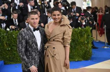 Nick Jonas & Priyanka Chopra Siap Tunangan?