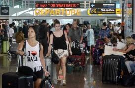 ERUPSI GUNUNG AGUNG: Calon Penumpang Domestik dan Internasional Bertahan di Ngurah Rai