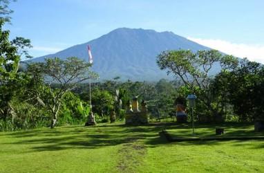 Gubernur Bali : Aktivitas Gunung Agung Mulai Menurun, Warga Kembali ke Rumah Masing-Masing