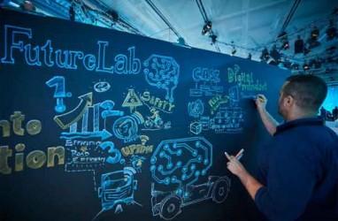 Teknologi Pengendaraan Otomatis Kurangi Stress Para Sopir: FutureLab@Mercedes-Benz Trucks