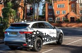 Jaguar Uji-Coba Mobil Pintar dan Terhubung di Jalan Inggris
