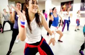 Menurunkan Berat Badan dan Membentuk Otot dengan Zumba