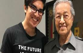 Mahathir Mohamad Tunjuk Cowok Muda &Tampan Jadi Menteri Pemuda dan Olah Raga