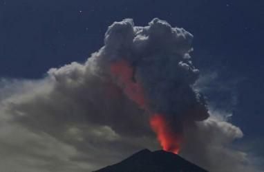 Gunung Agung Erupsi Lagi, PVMBG Sampaikan 2 Rekomendasi
