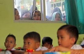 HARI PERTAMA SEKOLAH: Mendikbud Muhadjir Effendy Hadiri Upacara di SD Papua