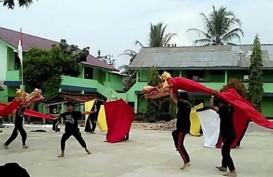Duta Seni Lampung Pentaskan Ratu Ali di Prambanan