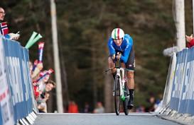 Pukul Pembalap Lain, Moscon Didiskualifikasi dari Tour de France