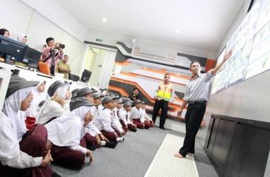 Hari Anak Nasional, 60 Siswa SD Banten Tur ke Jalan Tol