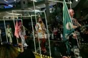 Modest Fashion Gaya Retro Ala Dian Pelangi