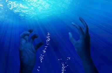 Tujuh Nelayan Belum Ditemukan Saat Kapal yang Ditumpangi Karam di Bengkulu
