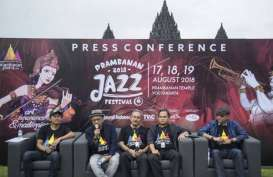 Jikustik Membuat Kaum Milenial Penonton Prambanam Jazz 2018 Bergoyang