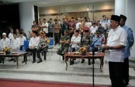 Gubernur Sulut Olly Dondokambey Serahkan 31 Ekor Sapi Kurban