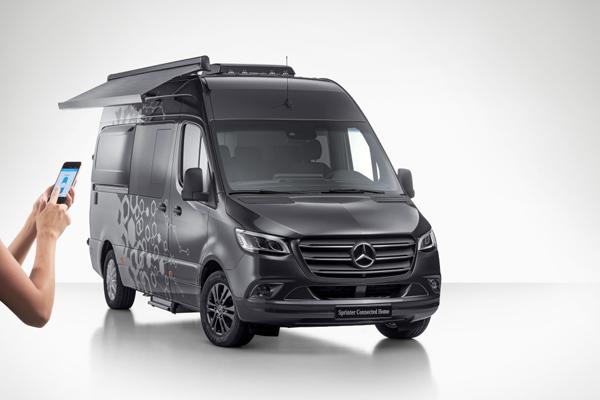 Mercedes-Benz Sprinter Connected Home di Caravan Salon Duesseldorf 2018.  - DAIMLER