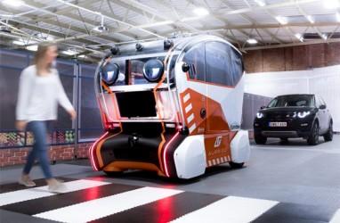 Jaguar Land Rover Teliti Perilaku Pejalan Kaki Lewat Mata di Mobil Swakemudi