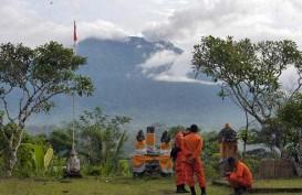 Badan Geologi Terjunkan 200 Petugas Pengamatan Gunung Api