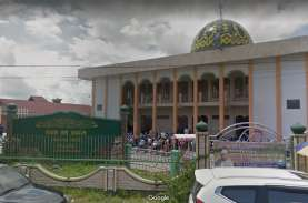 Imam Masjid Jami Sampit Meninggal saat Jum'atan. Sehabis…
