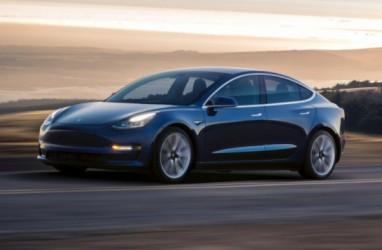 Wow, Mobil Mewah Tesla Bisa Dicuri Pakai Ponsel