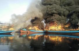 5 Kapal Nelayan Terbakar di Pekalongan