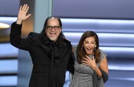 Sutradara Glenn Weiss Lamar Kekasihnya di Emmy Awards 2018